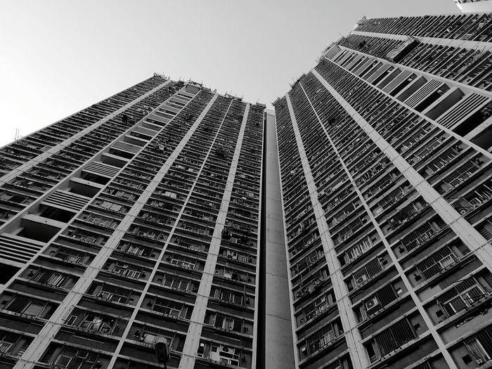 香港の公営住宅「公屋」@富善邨。窓の一つ一つにそれぞれの家族の歴史が。 Hong Kong Kowloon HuaweiP9 Public House