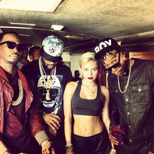 JuicyJ WizKhalifa MikeWiLL Mileymiley Yeah the chick is so turnT Up now Days She be doin Rapping nd that's Whatsop ..!