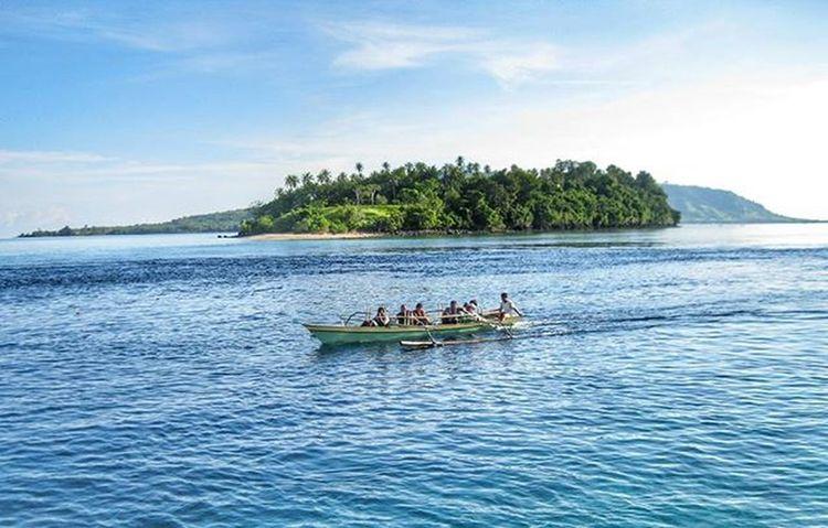 . . . 📍 Pulaugangga Pulaulihaga Minahasautara Likupang Sulawesiutara INDONESIA . . 📷 Canon Eos1100D . . . Instagram Instapantai Instapulauindonesia InstaPlace