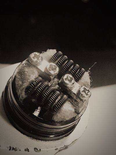 Close up macro shot on the goon rda with some clapton coils Vape VapeLife Vapelyfe Socalvapers Thegoonrda Atty Claptoncoil Nottobacco Markrisdeleon