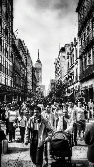 Walking Around Black & White Mexico City