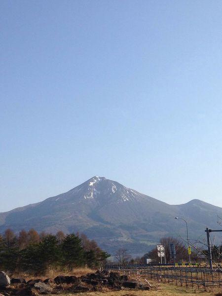 磐梯山を見た。 Blues 弾丸ツアー わんこ蕎麦大会 磐梯山 君と見たい空 お前とは遊ばない