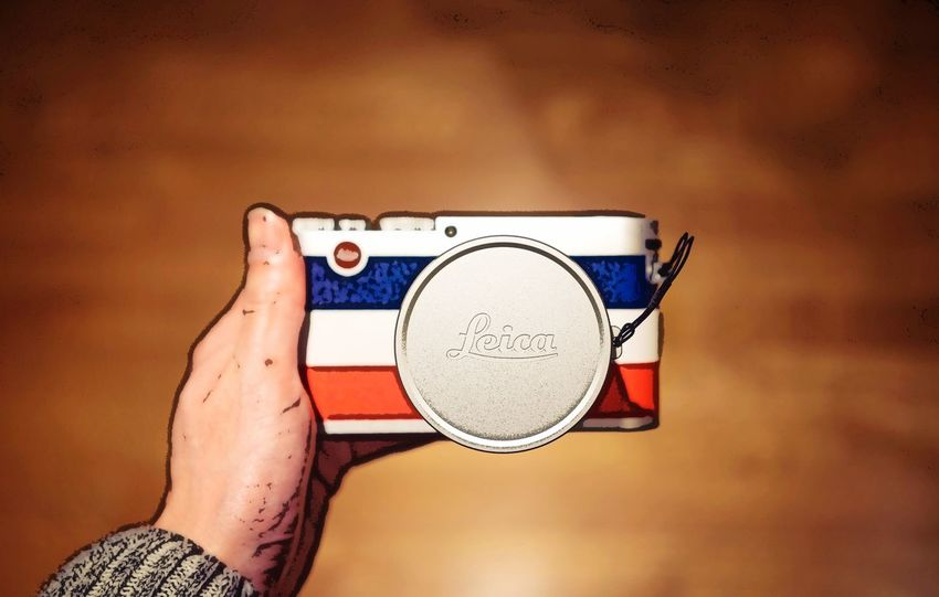 Leica X 'Edition Moncler Instagram:H.HAN_ Leica Leica X Moncler Leica Moncler Camera Edition