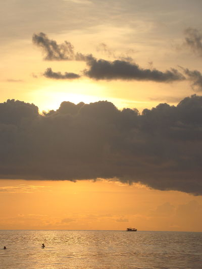 43 Golden Moments Beauty In Nature Scenics Sea Sunset Thailand Tranquil Scene Water