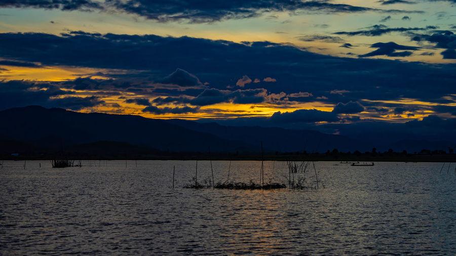 Lake No People