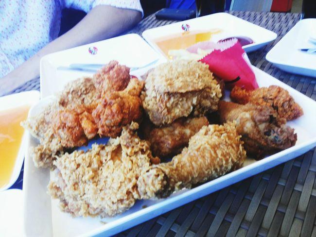 เสจงานแล้วหาไรกินกันหน่อย KFC Central Festival Hatyai