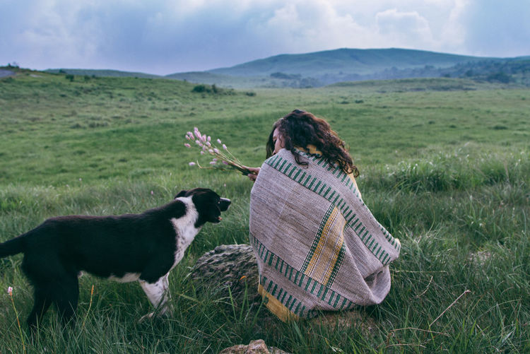 Dogs Dogs Of EyeEm Friendship Grass Grassland Landscape Landscape_Collection Slow Living The Great Outdoors - 2017 EyeEm Awards Pet Portraits Pet Portraits My Best Travel Photo