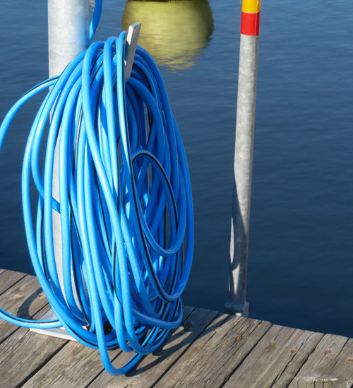 Hose Water Blue Wood - Material Pier Close-up