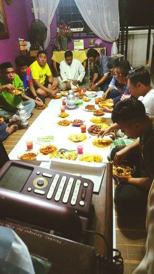 Iftar Family Sabtu's Family What's For Dinner?