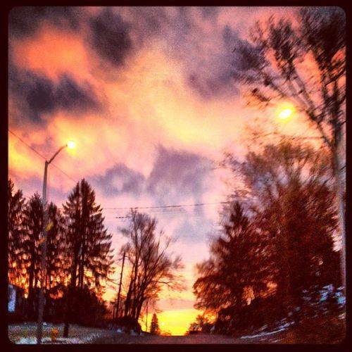 December Sunrise . Redskyatmorn Sailorstakewarn