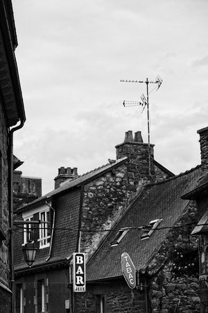 bar et tabac Blackandwhite Old Town Bretagne Signs Outdoors No People Roof Information Sky Building