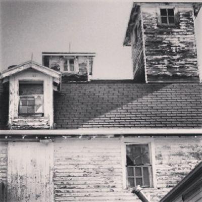 Windows Barn Country Bn Bnw_demand Bnw_captures Bnw_life_invite Cupola Bnwalma Architecture_magazine Bnw_stingray Bnwphotooftheday Power_bnw Bnw_photographs Bnwstreetview Bnwphotos Grainbin