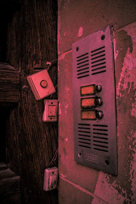 llama Santo Domingo De La Calzada Close-up Day Door No People Old Old-fashioned Outdoors Red Wood - Material
