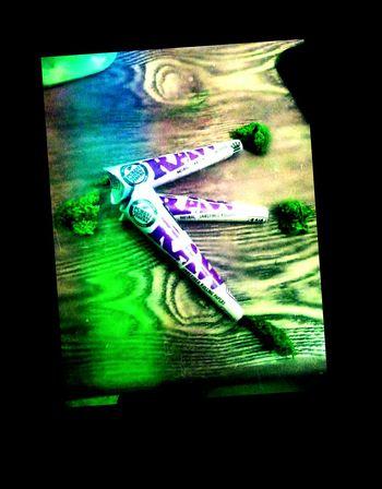 Raw Papers Smoking Weed Enjoying Life Blowin Loud High Times Loud Pack Stoner Life