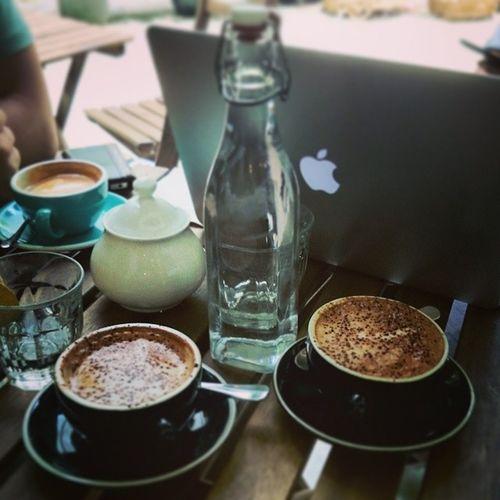 離地中產 Food Coffee