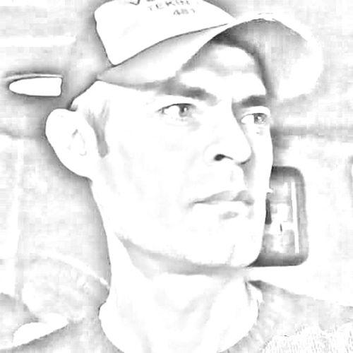 Benimkadrajim Benimobjektifimden Faces Of EyeEm Kütahyalı First Eyeem Photo Faces Of Eyem EyeEm Gallery Hello World Emet Türkiye Turkey Popular Photos Popular Photo Masallah Deyin :) Nazar Değmesin Black And White Black & White Portrait Portraits Portrait Of A Man