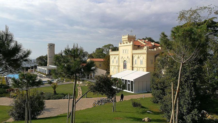 Saint Nicholas Island Porec Sea Oldest Lighthouse In Europe Castle Windays