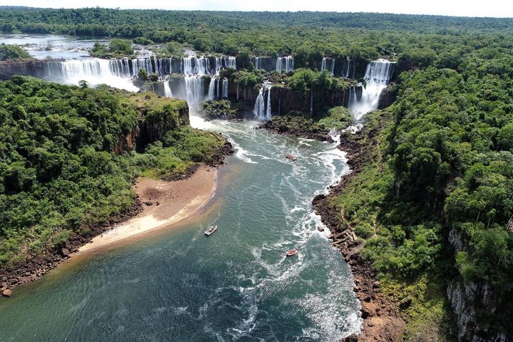 Aerial view of iguaçu's waterfalls. great landscape. nature's beauty scene,