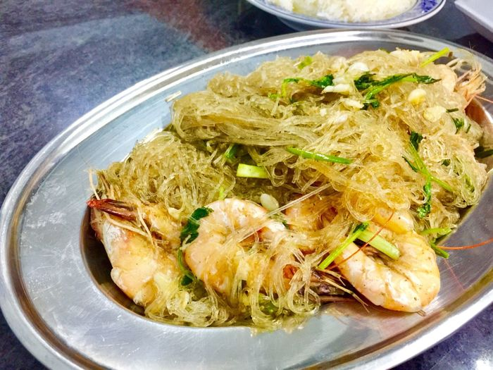 Stream prawn with noodle Food Food And Drink Ready-to-eat Freshness Still Life Healthy Eating Plate Pasta Italian Food Table Indoors  Close-up No People Serving Size High Angle View Wellbeing Indulgence Vegetable Garnish Meal
