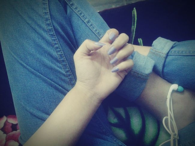 Pastel Power Lavenderlove Revlon Nailpolish Soulmate ❤️ Jeans♡ Hands And Feet Heheee