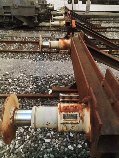 Stopping Rust Colorsplash EyeEmSwiss Streamzoofamily Trainstation Brown Mexturesapp