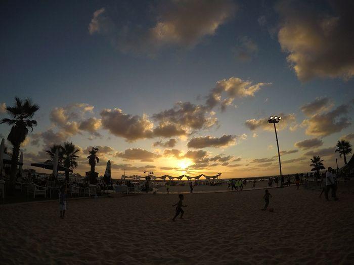 EyeEmNewHere Sunset Sky Beach People First Eyeem Photo Nature Naturelovers