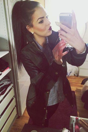 Beauty Lips That's Me Selfie Make Up Thug Life 😚
