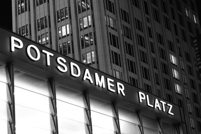 Streetphotography Street Photography Nightphotography Night Photography Nightlights Blackandwhite EyeEmNewHere Highlights Building