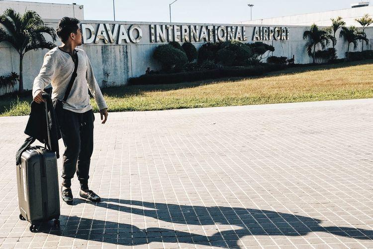 Touchdown Davao. First Eyeem Photo Airport Davao Traveling Travel Travel Photography Blogger Philippines Tourism Yesuventures Traveler Vscocam VSCO Vscogood VSCO Cam Vscogrid Vscophile Vscodaily Asian