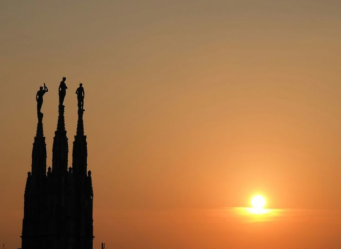 sunset sunsets silhouette silhouettes statue st Shadows And Backlighting Golden HourThe City Light Architecture City Life Built Structure City Lines And Shapes Spiritual Moment Horizon Over Land Shading  Frozen In Time Nightfall Twighlight Dusk Half Light Eventide Gloaming Vesper Cathedral Graduated Peaceful Evening Standing Above