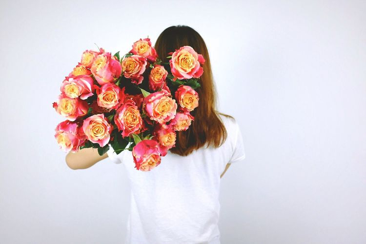 Flower Bunch Of Flowers Young Women Flowers Flowerporn Flower Collection Flowers, Nature And Beauty Flower Photography Flower Porn Flowers_collection Flowerlovers People People Watching People Photography Peoplephotography People Of EyeEm Girl Beauty In Nature Beautiful Pretty Rose - Flower Rosé The Week On Eyem The Week On EyeEem Bouquet Standing Tradition Traditional Clothing Copy Space Studio Shot Freshness Person Holding Arrangement Young Adult Mask - Disguise White Background In Front Of Culture