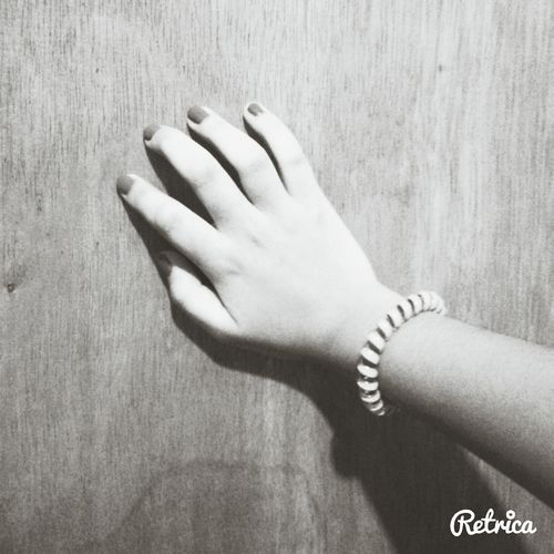 wanna show you my hands. just so you know. oh well! HAHA ♥
