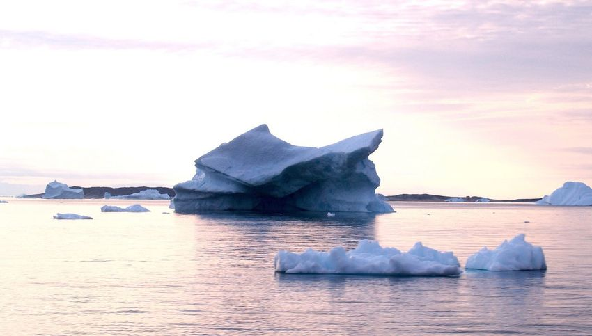EyeEm Gallery Icebergs My World Nature_collection Nature Clouds And Sky EyeEmBestPics Tourist Attraction  Iceberg The Real Greenland Nature_perfection EyeEm Nature Lover EyeEm Best Shots - Nature EyeEm Best Shots Greenland Tourist Destination Sea And Sky Check This Out Best EyeEm Shot Nature Photography Naturephotography Midnight Sun Eyeem Photography Ilulissat Sea