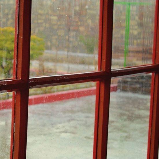 Barish Barish Raining Ig_pakistan Bns_pakistan vzcopakistan vsco ThePPC altinkare capture_red candid whpcandid ppcapr20