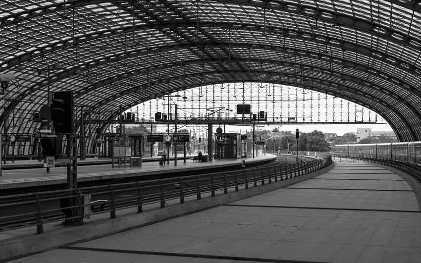 Architectural Column Architecture Architecture Architecture_bw Architecture_collection Bahnhof Bahnsteig  Built Structure City Life Diminishing Perspective Empty Long Modern No People Platform Public Transportation Public Transportation Railroad Track S-bahn Station Vanishing Point