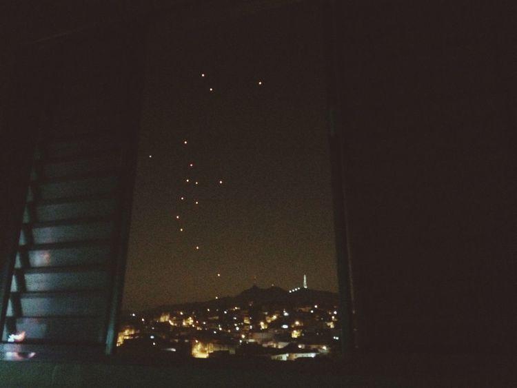 """""""Da janela lateral..."""" O que seria isso no céu? Ovni Sinistro Sky SP"""