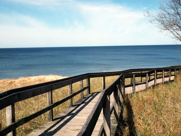 Leading Lines Pathways Travel Tranquil Scene Lake Michigan Essence Of Summer Michigan Exploring Beach Life Check It Out Lifestyle Peaceful Out Walking Tranquil