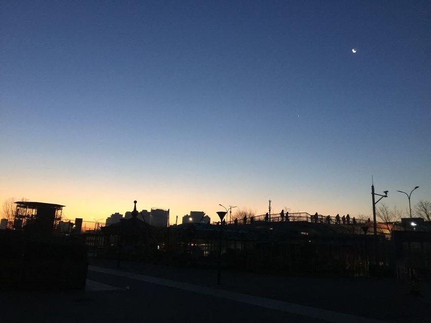早起看日出,晚归看晚霞