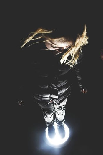 Dancing Light Photo Likeforlike Licht Kind Mädchen Girl Child Photography Picoftheday Black And White Germany
