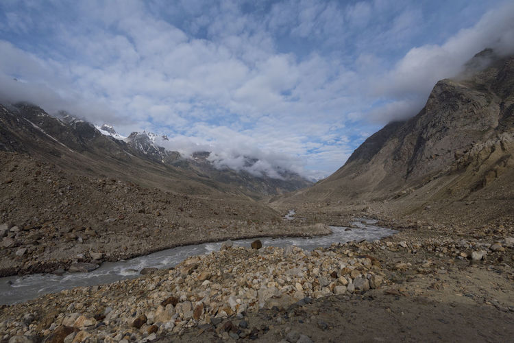 Chandrataal to Manali Road, Spiti Valley, India. Himachal Pradesh, India Rock Spiti Valley India Travel Beauty In Nature Boulder Day Landscape Mountain Mountain Range Nature No People Outdoors River Scenics Sky Spiti Spiti River Tranquil Scene Tranquility Water