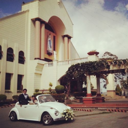 Bridr Groom Bridal Car