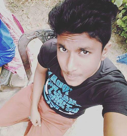 Me Black Brown Chino Selfie Redmi L4l Holiday Fun Awesome