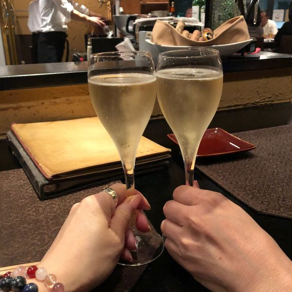Wine Bar Cheers 乾杯 Wine シャンパン ワイン Prosecco シャンパン Food And Drink Drink Glass Hand Human Hand