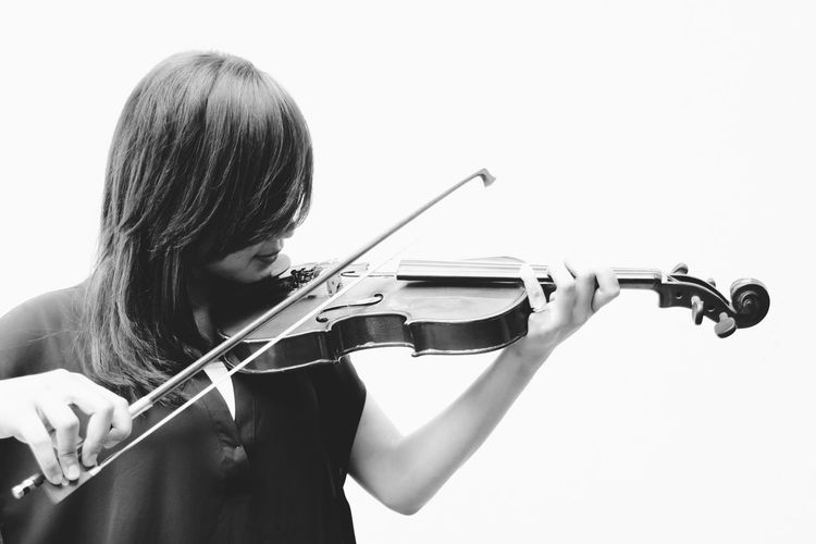 Monochrome Photography Violin Young Adult Black And White Girl Black & White People People Photography Learn Leisure Activity