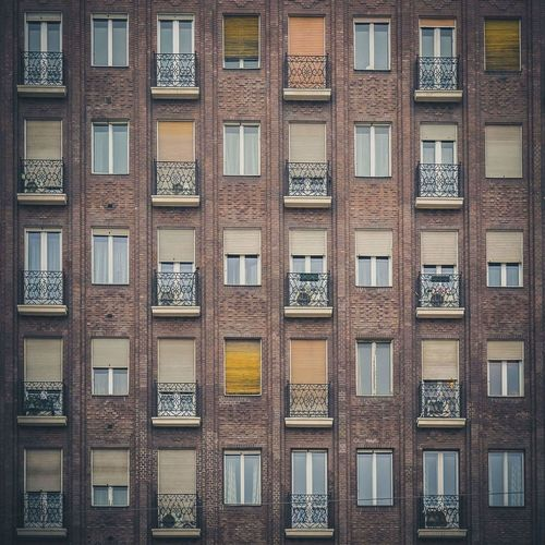 Building Exterior Architecture Window Built Structure Repetition Backgrounds Outdoors No People Day Brick Wall EyeEm Gallery Multi Colored Wall - Building Feature Eyeemphotography EyeEm Best Shots Millennial Pink
