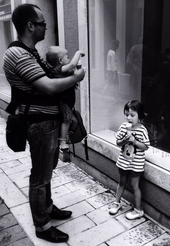Faces Of Summer Walking Around The City  Streetphoto_bw The Street Photographer - 2015 EyeEm Awards Sunday Morning Walk