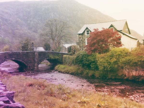 Built Structure Nature Tree United Kingdom Travel Destinations Wales Colours Of Nature Reino Unido Beddgelert Nature Snowdonia North Wales Stone Village Celtic Gaelic