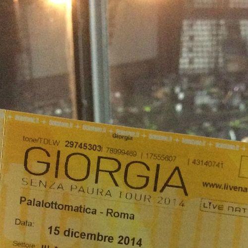 magnifica Giorgia Giorgiagram Igersroma Senzapaura senzapauratour iocero dicembre14 pure con l'influenza e forse anche la febbre, ma ne valeva la pena!!!! yeahhhhhh che Voce!!! 🎶🎤🎵😍😍😍⭐️⭐️⭐️🎉🎉🎉
