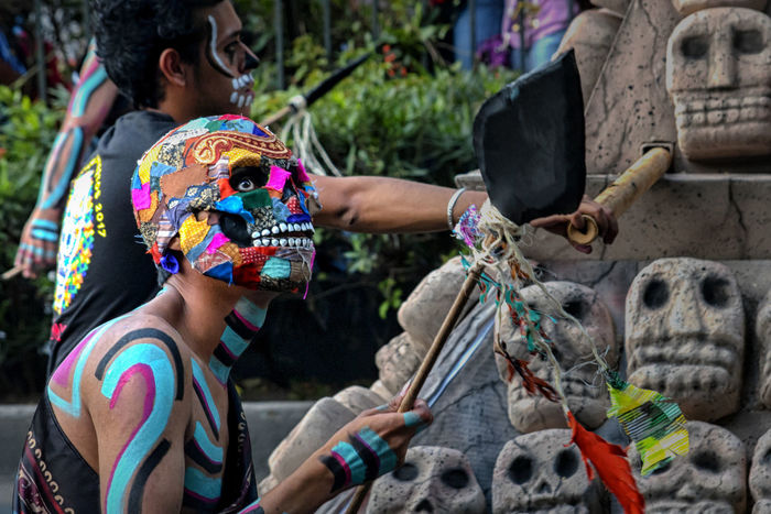 Dia De Los Muertos Adult Adults Only Calavera  Close-up Day Day Of Dead Desfile Dıa De Muertos Holding Human Body Part Human Hand Leisure Activity Lifestyles Mask Men Multi Colored Outdoors People Real People Skull Togetherness Two People