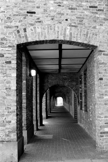 London Tunnel Underpass Wapping Black And White The Journey Is The Destination